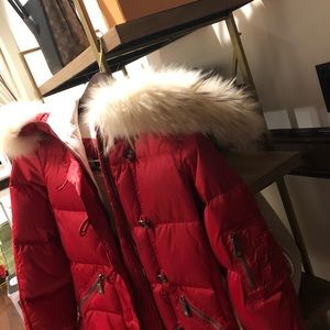 jet set Jackets & Coats - Red Fur trimmed Jet Set size small Ski Jacket